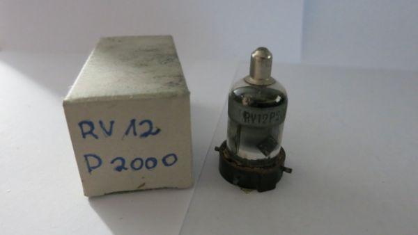 RV12P2000