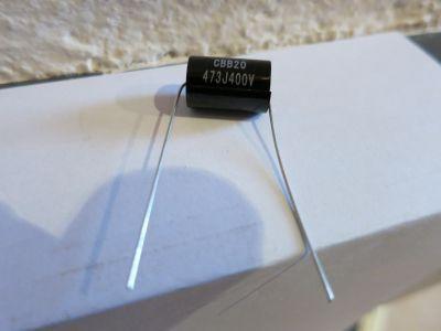 0,047µF/400V schwarz