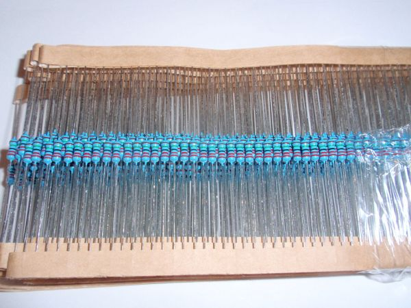 Metalfilmresistor 1/4 W 4,7 Ohm 100 pc